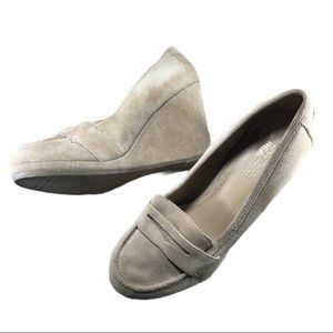 KENNETH COLE Reaction Tan Suede Wedge Loafer Shoes
